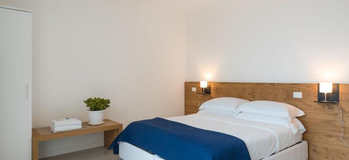 camera da letto bilocale deluxe con jacuzzi