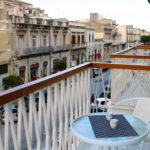 monolocale superior con balcone